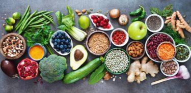 ガンを予防・改善する食べ物と自然療法9選